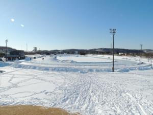 スケートリンク場-001